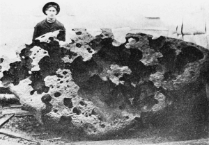 The Williamette meteorite in 1906 (image wikipedia, from Popular Science Monthly)